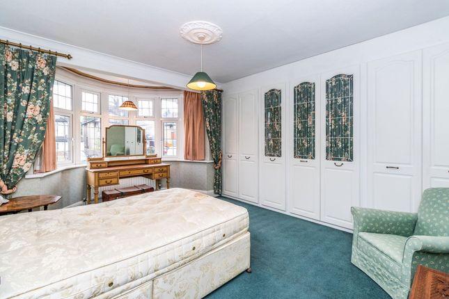 Master Bedroom of The Newlands, Wallington SM6