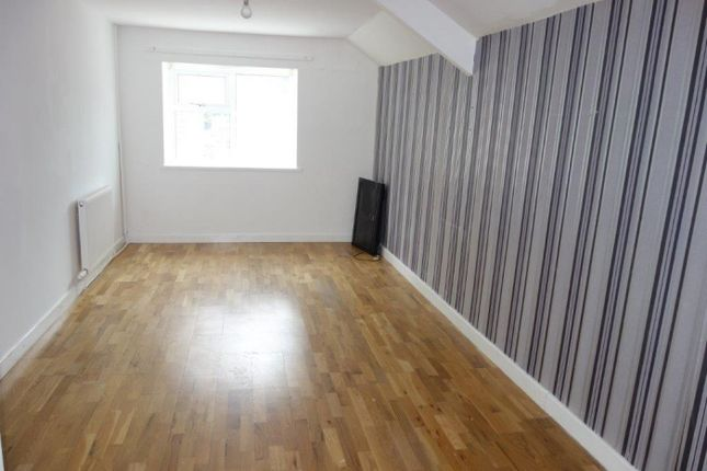 Thumbnail Flat to rent in Bute Street, Treorchy