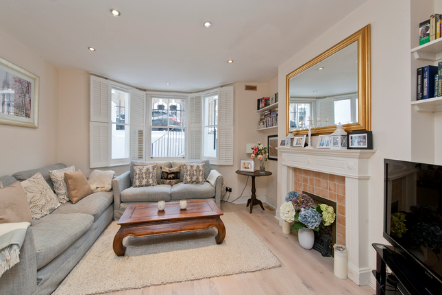 2 bed duplex for sale in Auckland Road, London