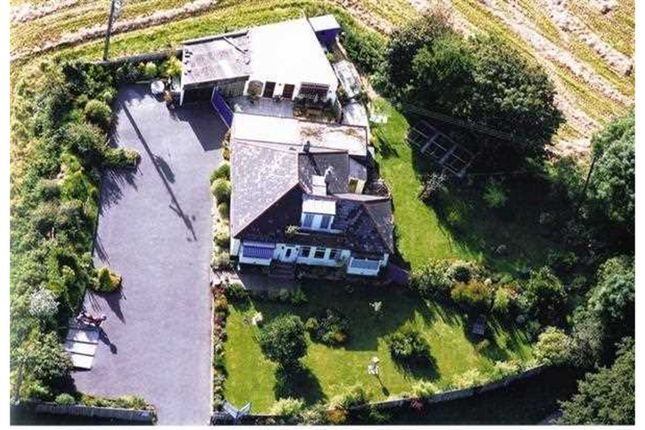 Thumbnail Detached house for sale in Treluswell, Penryn