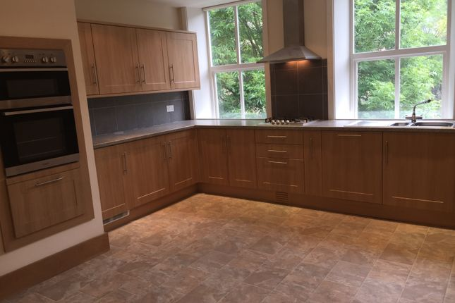2 bed flat to rent in West End, Hebden Bridge