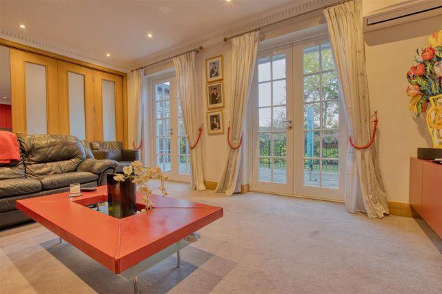 TV/Family Room of Barham Avenue, Elstree, Borehamwood WD6