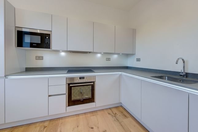 Thumbnail Flat for sale in Gernon Road, Letchworth Garden City