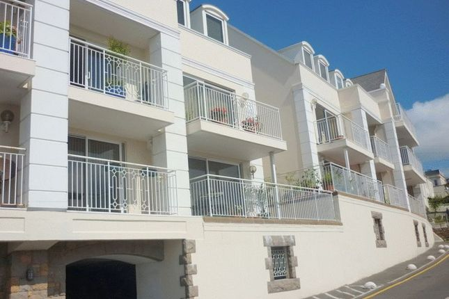 Thumbnail Flat to rent in King Street, St. Helier, Jersey