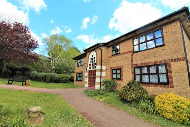 2 bed flat for sale in Abbs Cross Gardens, Hornchurch RM12