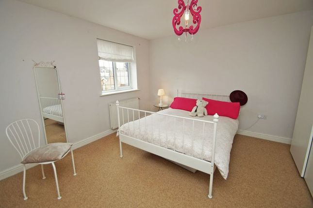 Photo 10 of Eliza Gardens, Catshill, Bromsgrove B61