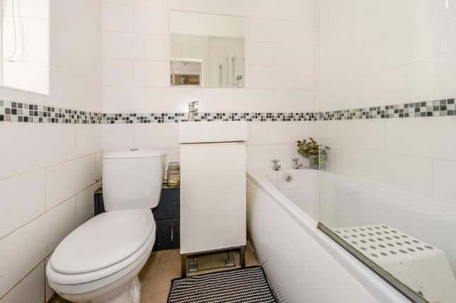 Bathroom of Bowood Street, Liverpool, Merseyside L8