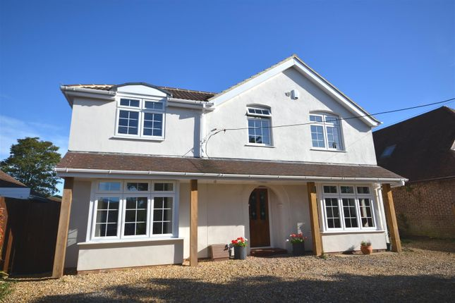 Thumbnail Detached house for sale in Hill Road, Oakley, Basingstoke