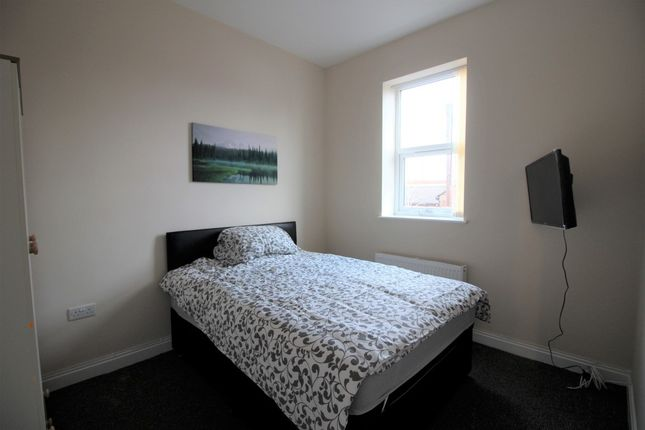 Thumbnail Room to rent in Stella Precinct, Seaforth Road, Seaforth, Liverpool