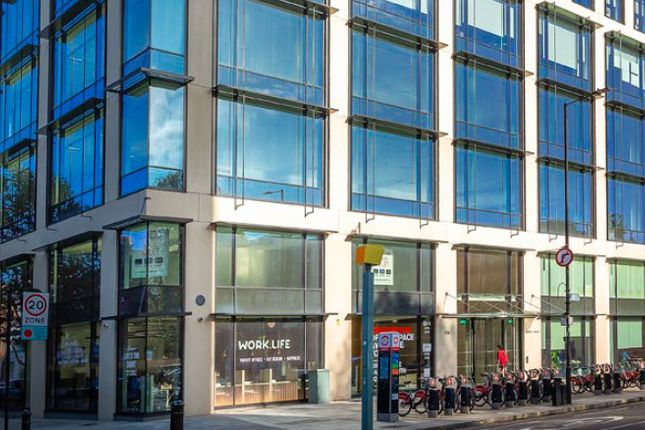 Thumbnail Office to let in Kings House ( Space), 174 Hammersmith Road, Hammersmith