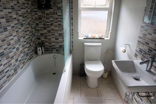 Bathroom of Newton Road, Rushden NN10