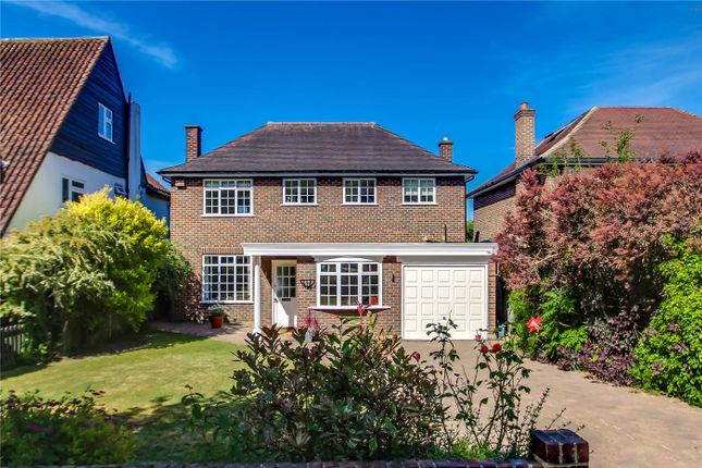 Thumbnail Detached house for sale in Kenwood Drive, Beckenham