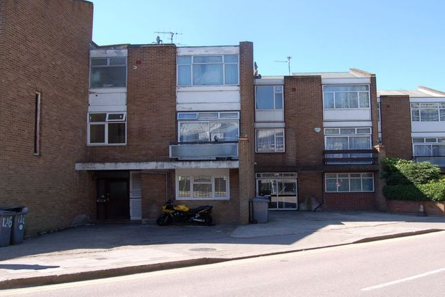 Thumbnail Shared accommodation to rent in Chalkhill Road, Wembley, Middlesex