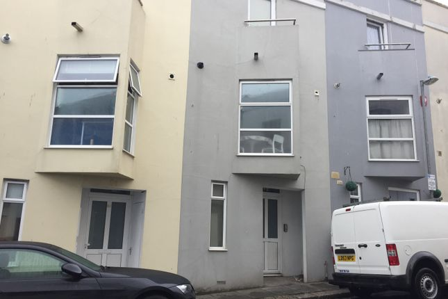 Thumbnail Terraced house to rent in Little Western Street, Hove