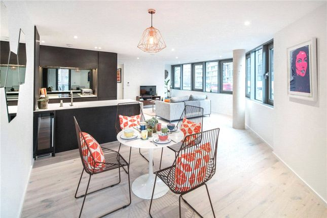 Thumbnail Flat for sale in East Road, London