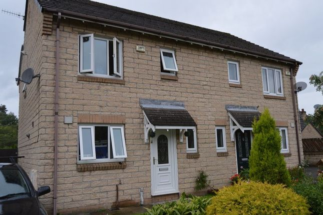 Thumbnail Property to rent in Ehlinger Avenue, Hadfield, Glossop
