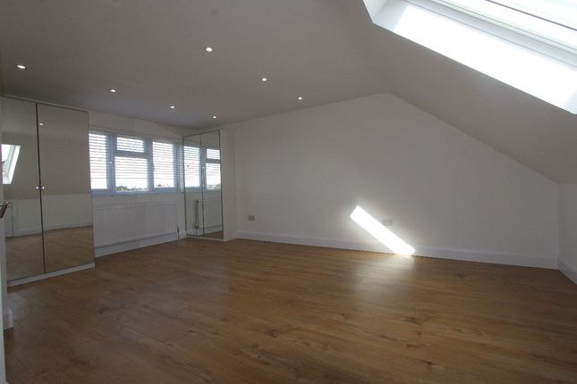 Thumbnail End terrace house to rent in Abbotshall Avenue, London