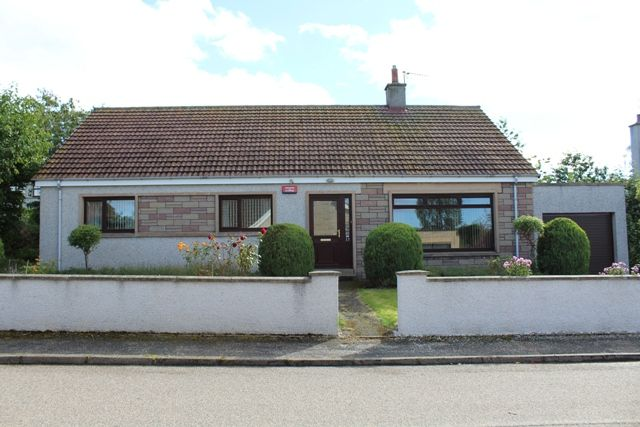 Thumbnail Bungalow for sale in Woodside Place, Fochabers