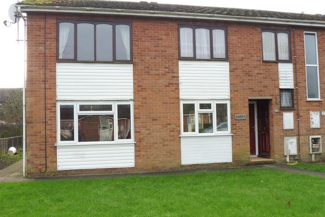 Thumbnail Flat to rent in Severn Road, Spalding