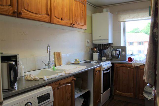 Burnham Lodge (Kitchen)