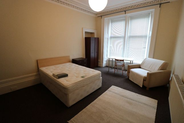Thumbnail Flat to rent in Hamilton Park Avenue, Kelvinbridge, Glasgow