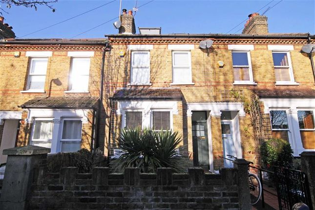 Thumbnail Property to rent in Rosebank Road, London