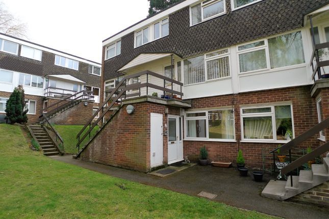 Thumbnail Flat to rent in Lubbock Road, Chislehurst