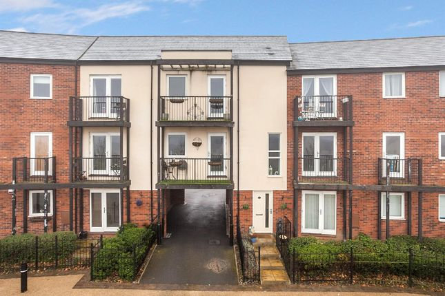 Thumbnail Flat for sale in Smallhill Road, Lawley Village, Telford
