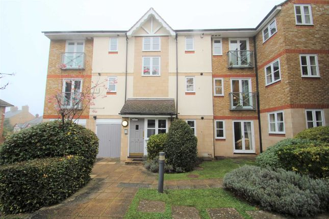 Thumbnail Flat to rent in Ferry Road, Oxford