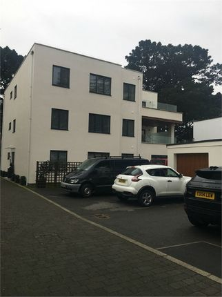 Thumbnail Flat to rent in Panorama Road, Sandbanks, Poole