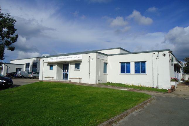 Office to let in Parkside Lane, Leeds, West Yorkshire