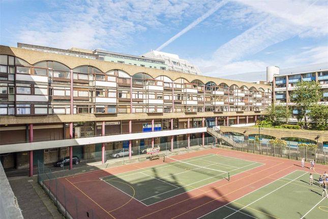 Thumbnail Flat to rent in Golden Lane Estate, London