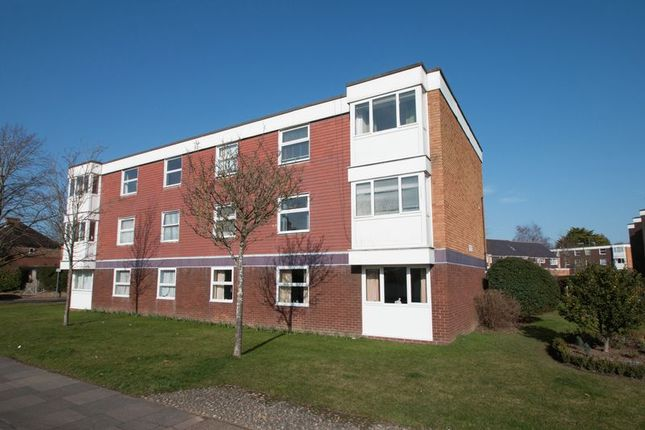 Thumbnail Flat for sale in Somerstown, Chichester