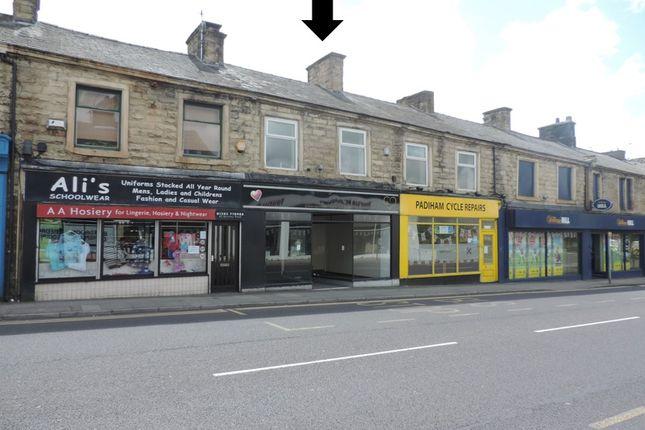 Retail premises to let in Burnley Road, Padiham
