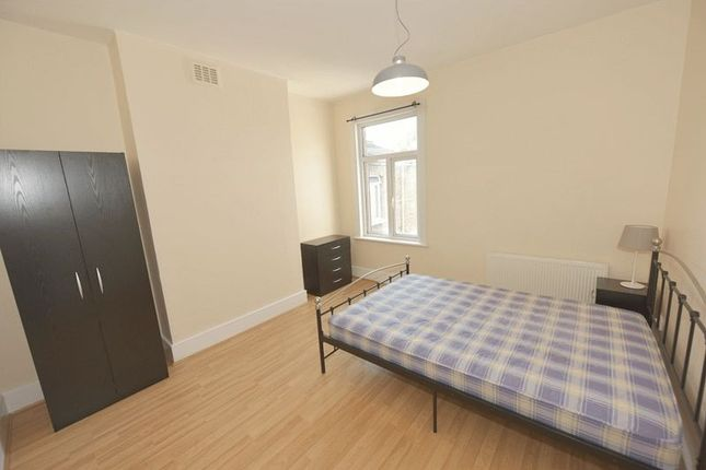 Room to rent in Upland Road, East Dulwich, London