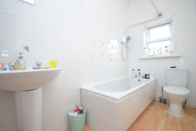 Bathroom of Kirby Road, Ewood, Blackburn BB2