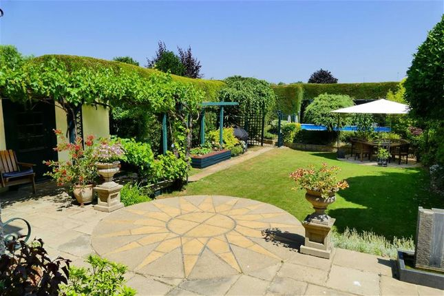 Thumbnail Detached house for sale in Lickhill Road, Calne