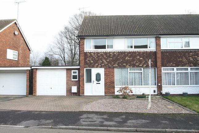 Thumbnail Semi-detached house to rent in Green Dell Way, Hemel Hempstead
