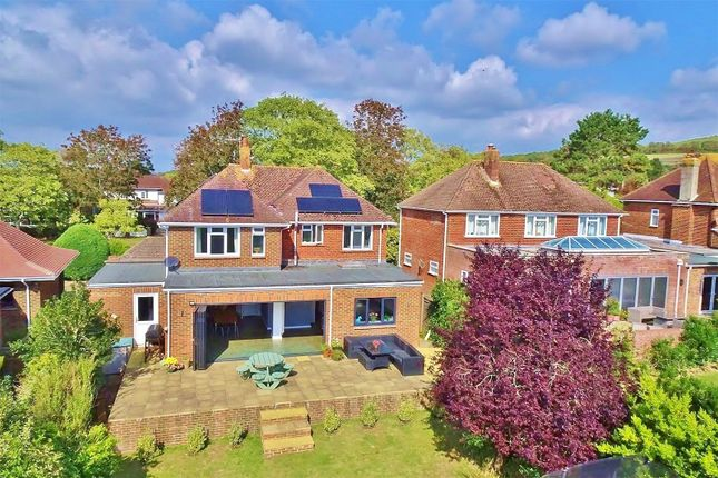 4 bed detached house for sale in Central Avenue, Findon Valley, Worthing, West Sussex BN14