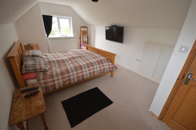 Mater Bedroom of Cardigan SA43
