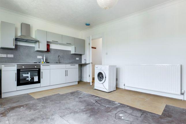 4 Bed Flat  of Warleigh Road, Brighton BN1