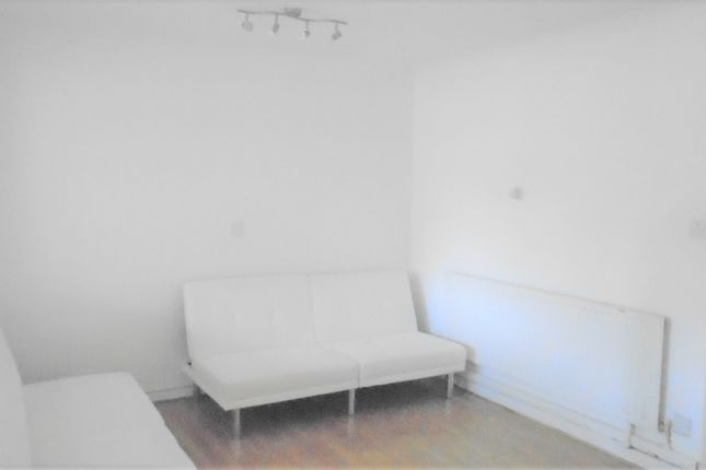 Thumbnail Terraced house to rent in Northborough Road, Slough