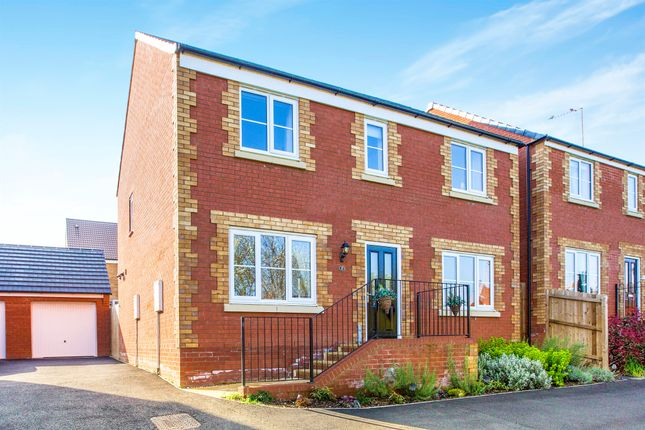 Thumbnail Detached house for sale in Willow Way, Raunds, Wellingborough