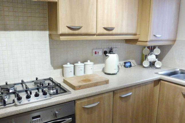Kitchen of Parkgate, Goldthorpe S63