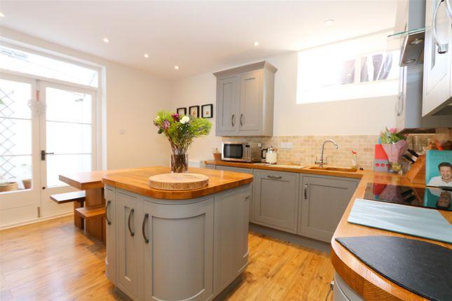 Kitchen 1 of The Glen, Saltford, Bristol BS31