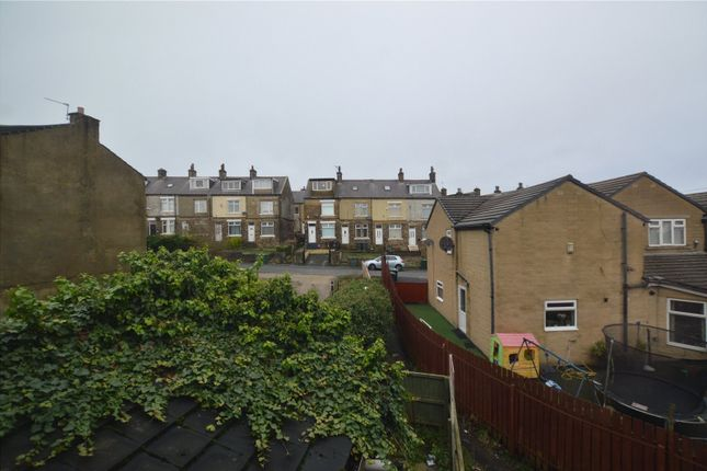 Picture No. 09 of Fagley Road, Bradford, West Yorkshire BD2