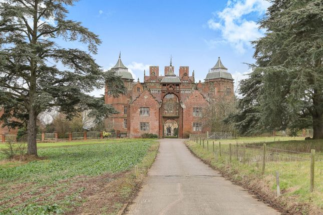 Thumbnail Flat for sale in Westwood Park, Droitwich