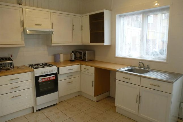 Thumbnail Terraced house to rent in Poplar Avenue, Goldthorpe, Rotherham