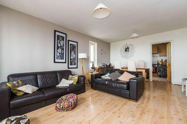 Thumbnail Flat to rent in Glyndon Road, London