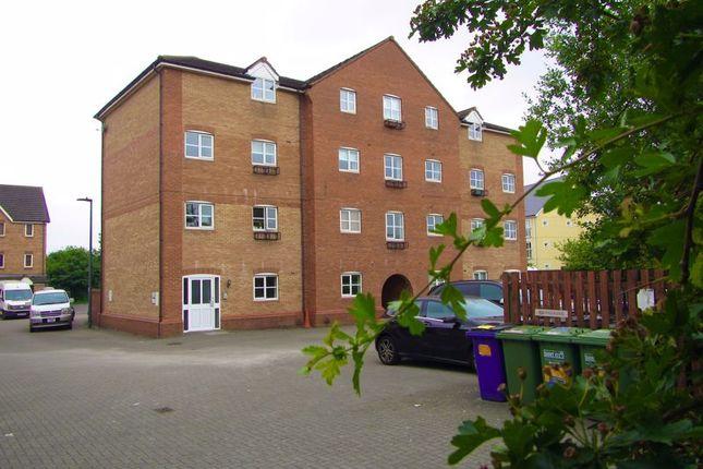 Thumbnail Flat to rent in Snowberry Close, Bradley Stoke, Bristol